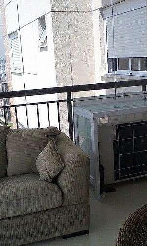 Caixa de vidro para condensadora
